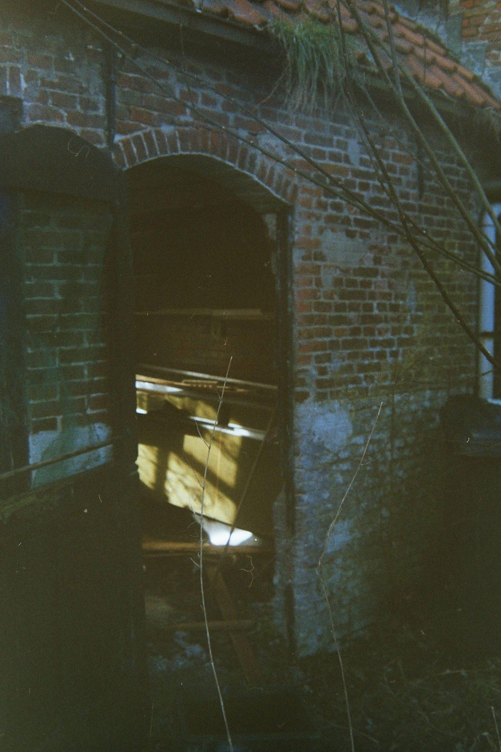 abandoned-8